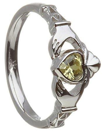 August Birthstone Claddagh Ring – Peridot