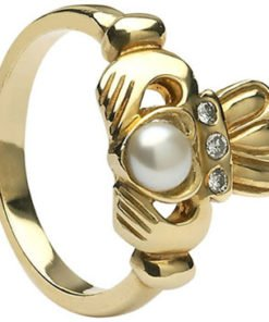 Gold Pearl Antique Claddagh Ring