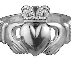 Classic Silver Claddagh Ring