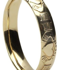Gold Claddagh Court Wedding Ring
