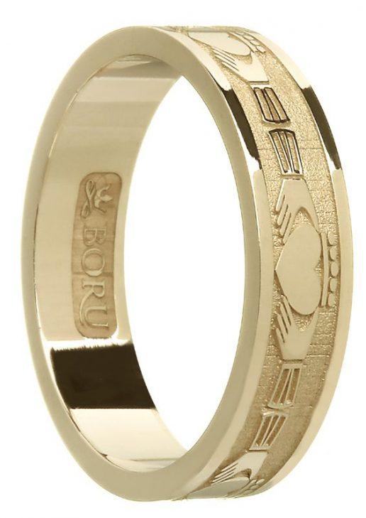 Gold Claddagh Wedding ring with Florentine Finish