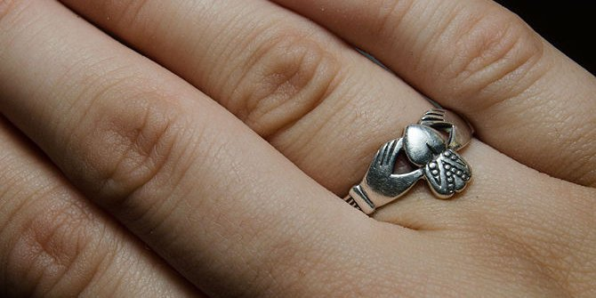 wear your claddagh ring when single