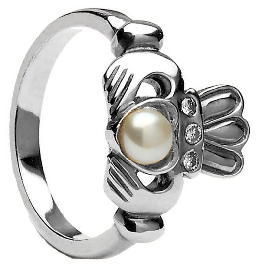 white gold pearl claddagh ring
